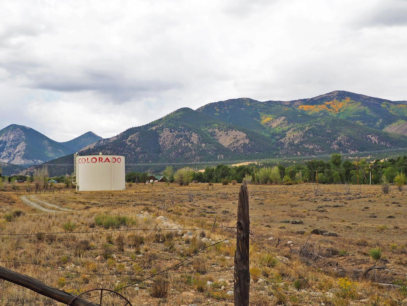 colorado-water-tank-mountains